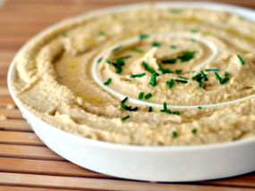 Hummus with Linseed/Flaxseed Oil
